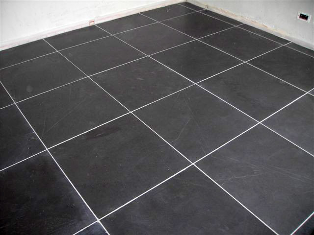 Carrelage forum d coration int rieure for Carrelage grand carreaux gris